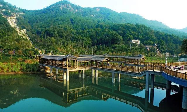 重庆主城人口_重庆至今没有通高速的县城,距主城400公里,总人口仅18万!