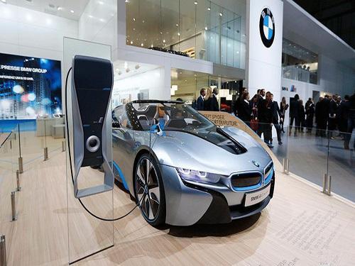 引领电动汽车未来 宝马集团构建便捷安心的新能源生态系统图2