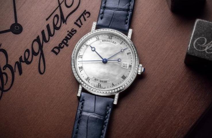 宝玑Classique经典系列9068珍珠母贝腕表