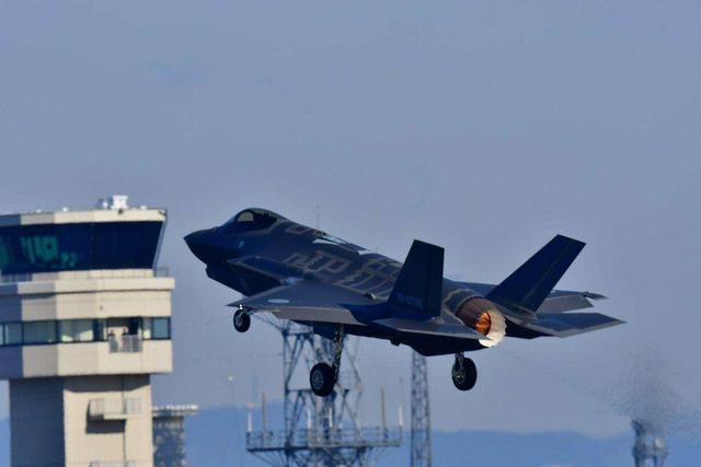 解雇想买F-35的高官,德国保持不增长军费,空军将以台风战机为主_中欧消息_欧洲中文网