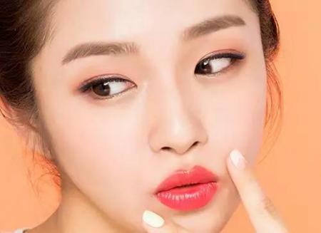 眉毛种植方法有哪些 眉毛种植可以永久吗?