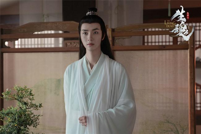 高寒《陈情令之生魂》红衣惊艳 病娇演技获观众认可