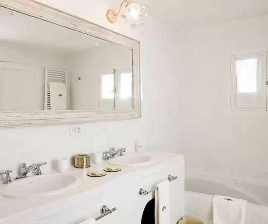家装 达人支招:装修不要忽视浴室色调(图2)