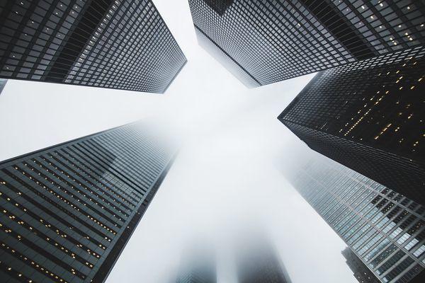 """多数房企前10月业绩稳步增长 这12家企业为何""""负增长""""?_销售"""