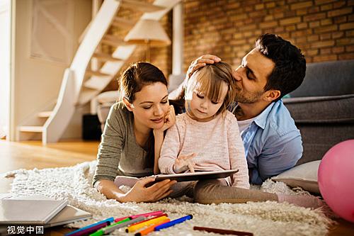 """如何培养出""""别人家的孩子""""?哈佛教授给出八个建议"""