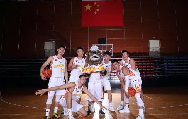 今日央视节目单,CCTV5直播CBA北京首钢VS北控,APP深圳男篮PK广州