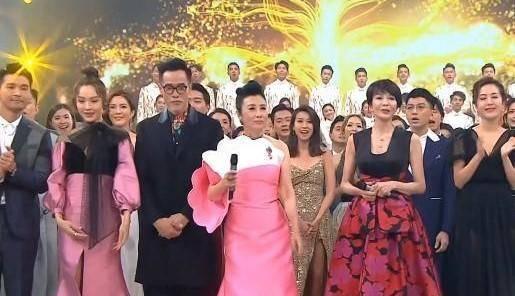 官宣!今年TVB颁奖典礼延期到1月 黄心颖没有任何提名继续被雪藏