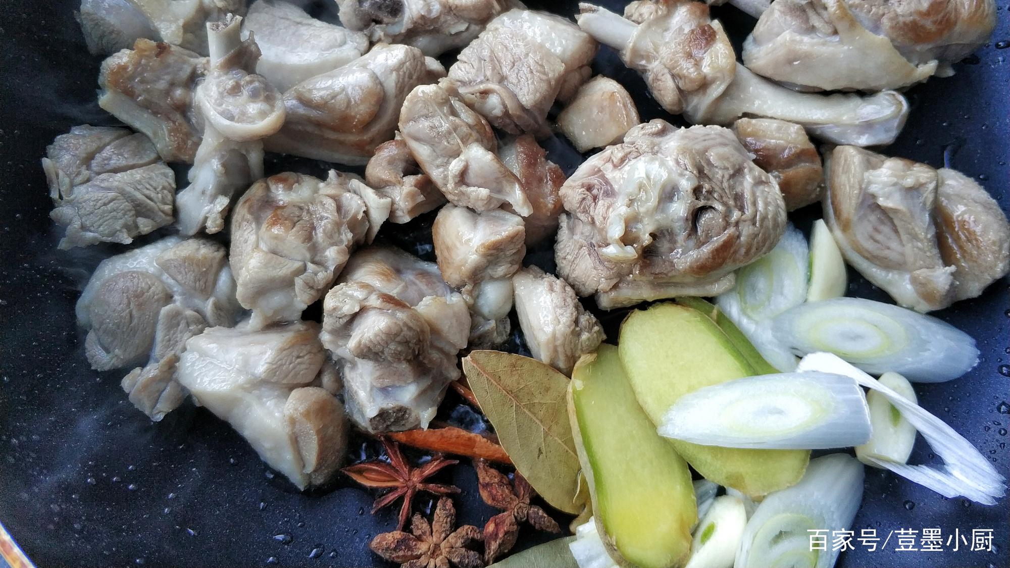 冬季进补多吃这肉,9块钱1斤,不加1滴水,简单一焖香到舔盘子