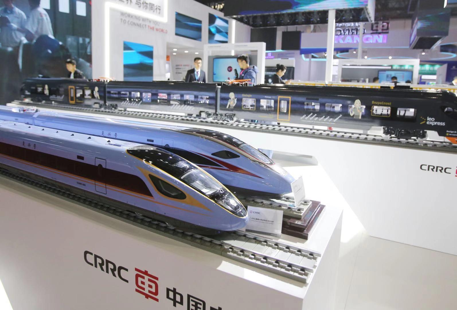复兴号发送旅客达4.5亿人次 智能型动车组将投入运营_铁路
