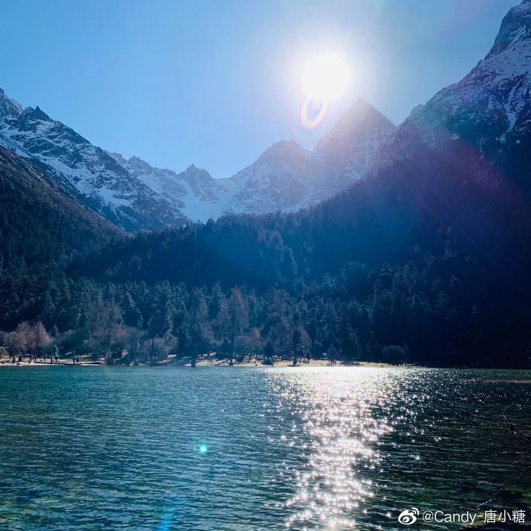 四川毕棚沟的冬季之旅想和你牵手看着美丽世界_雪山
