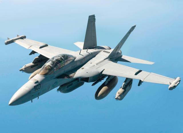 """两次""""击落""""F-22,堪称欧洲空中霸主!被美国列为头号对手_战机"""
