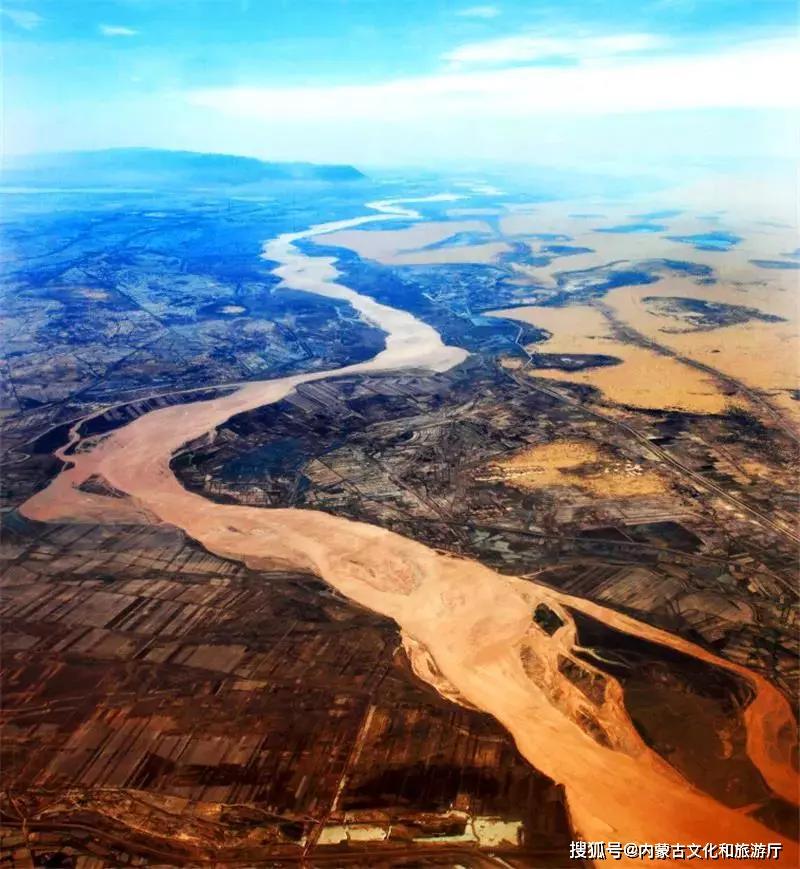 """在内蒙古,这个""""几""""字写了830公里"""