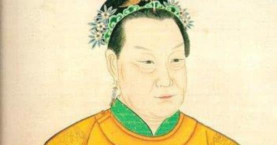 旺夫的马皇后   父母早逝,留下一双美丽的大脚   马皇后名为马秀英,出生在元末淮西宿州新丰里一个富庶的家庭中.