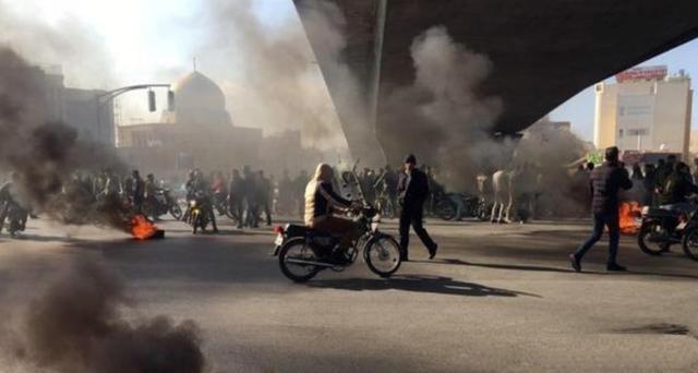 垄断信息!或因拒绝执行镇压命令,革命卫队两军官被暗杀!_伊朗政府