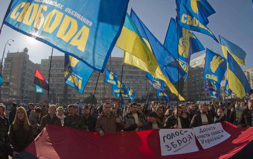 乌克兰爆发大规模游行,呼吁现政府不要出卖国家利益,造成数十人丧生