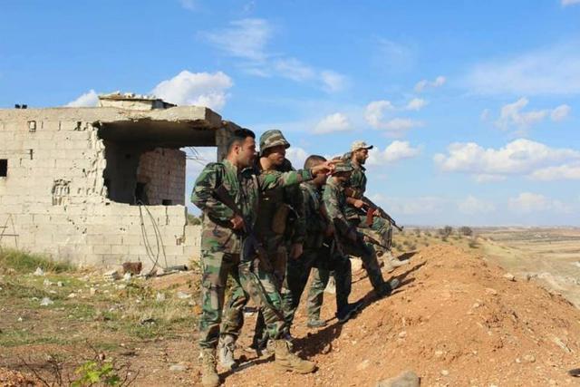 高歌猛进!1500叙军赶到前线,老虎师带头冲锋:一举打下战略重镇