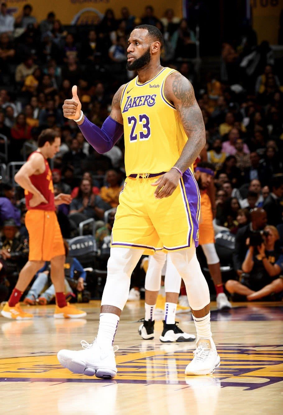 [推荐]原创NBA酝酿重大调整!湖人快船有望同时晋级总决赛,球迷:面目全非,难以接受!