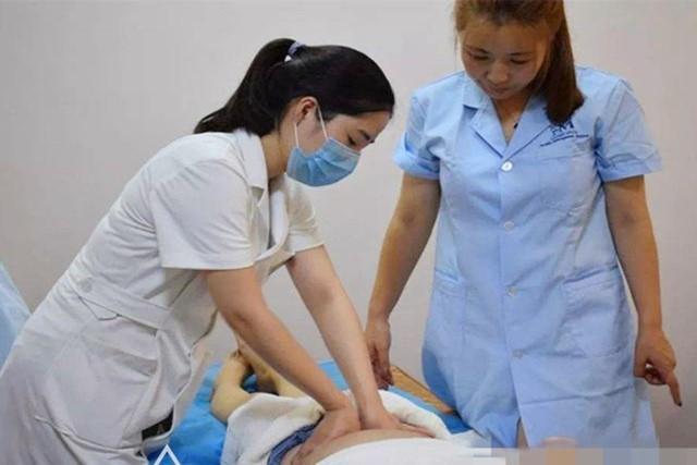 顺产和剖腹产,究竟该选择哪种分娩方式比较好。