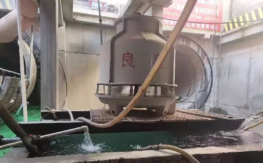 盾构机的工作原理图_泥水盾构机工作原理图