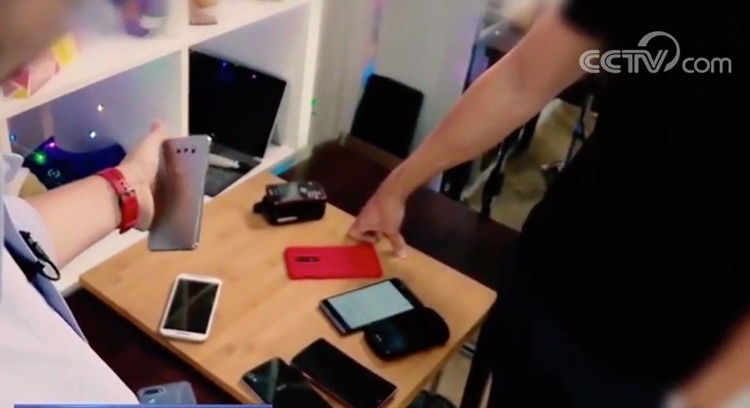 安卓系统曝漏洞!有人可能正在用你的手机秘密拍照