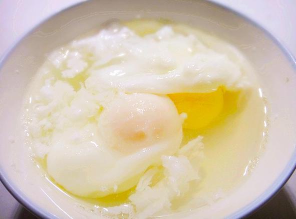 如何煮出一颗完美的荷包蛋?掌握这些技巧,怎么煮都不会烂