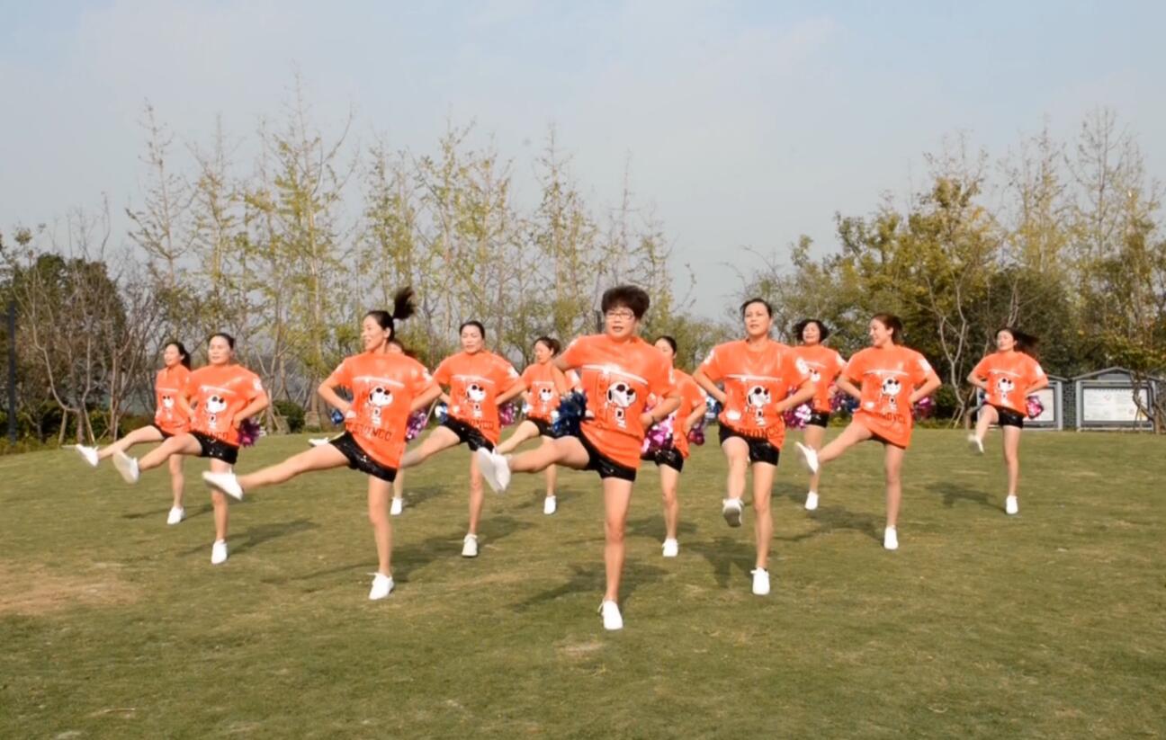 奔跑中国:他们在平凡的岗位上创造着不平凡