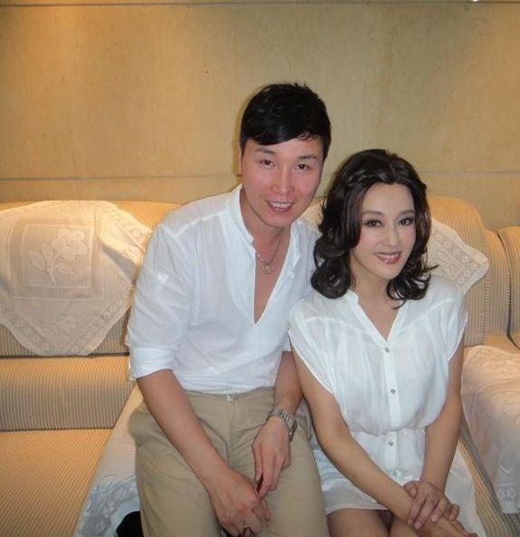 网友发布的刘晓庆最新嫩照图片