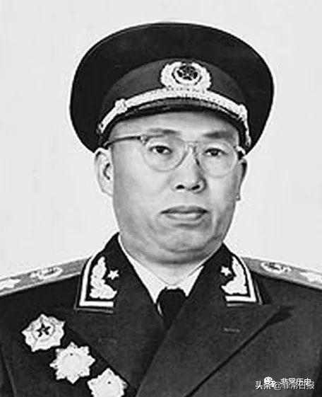 今日人物11月26日,罗荣桓、曾国藩,那些出生和去世的名人大家_中国