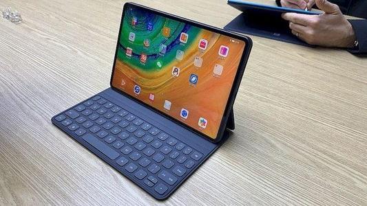 华为Mate Pad Pro平板电脑,搭载最新麒...