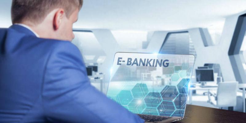 <b>香港银行学会副会长陈林龙:今年年底或有一两家虚拟银行开业</b>