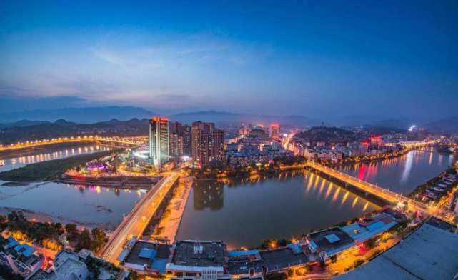 2021年 成都市经济总量达_2021年成都市行政区域