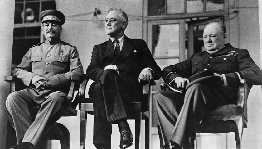"""苏联传奇女间谍去世,曾联手丈夫挫败纳粹暗杀""""三巨头""""计划"""