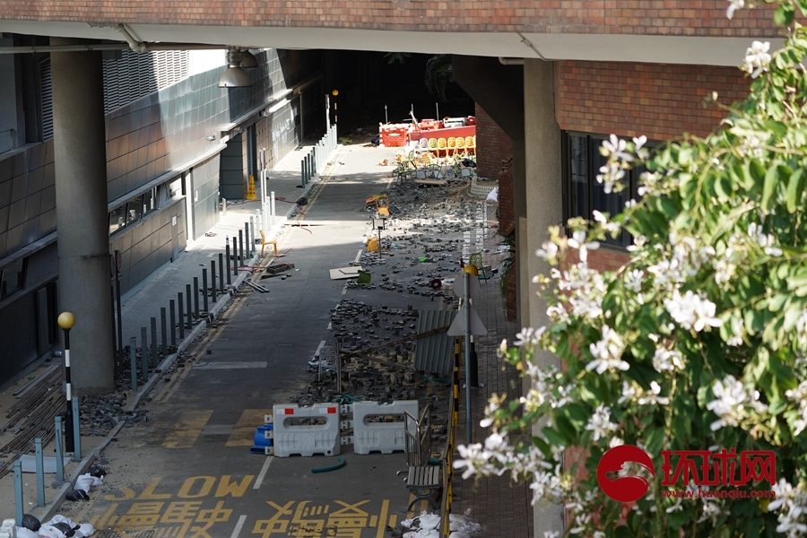 宛如战场!香港理工大内部:大量自制燃烧弹、各种攻击型武器