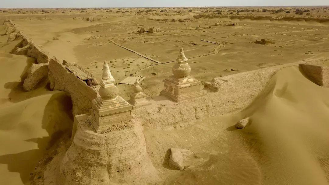 品讀 | 阿拉善:大漠長河書奇景