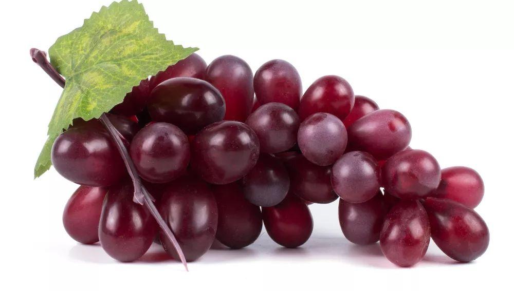 一口葡萄干,热量抵过一碗饭,吃前记得数一数: