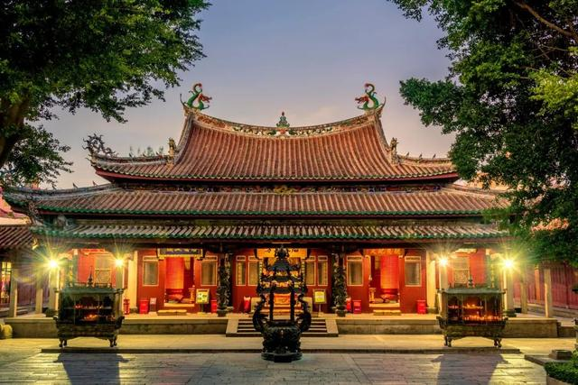 比厦门清新,比台湾风情,这个1700年的古城半城烟火半城仙