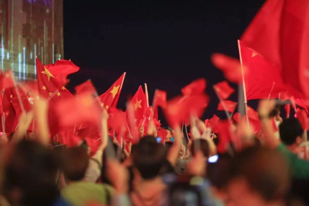 建業·華誼兄弟電影小鎮人氣火爆 同時登陸CCTV
