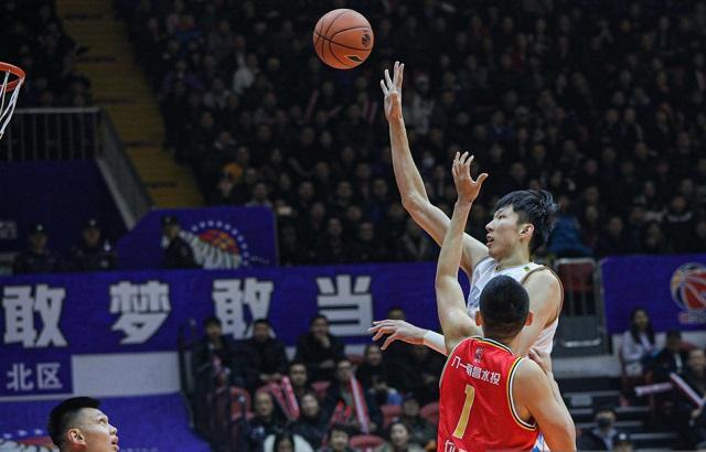 新疆男篮或完爆对手,马布里无可奈何