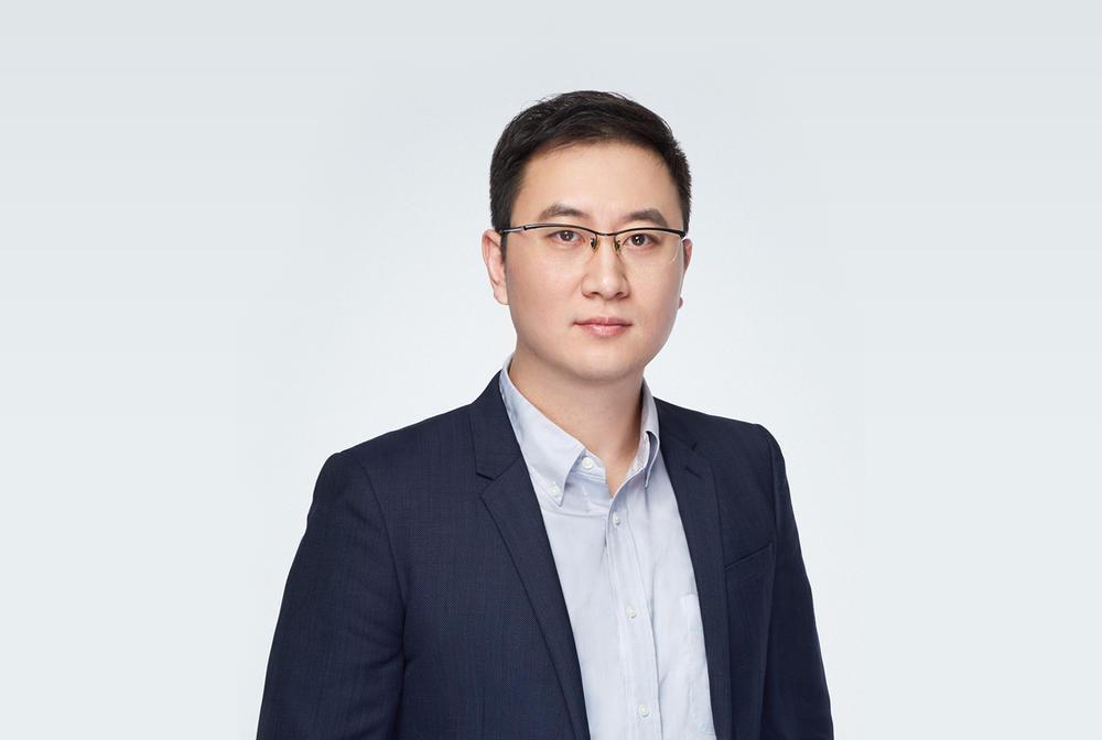 刚获投2.5亿 3年融3轮:年营收数千万美金 他已服务VIPKID等50余家客户_李铮