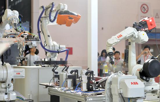 """""""工业生产名镇""""武汉市已经着力打造国际级产业群"""