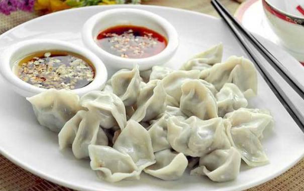 【冬天北方人爱吃饺子,一顿饭吃20个饺子,会变胖吗?跟饺子馅有关】