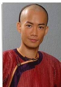 TVB金牌綠葉因發文惹怒鄭伊健粉絲 隨后做法被網友夸贊高情商