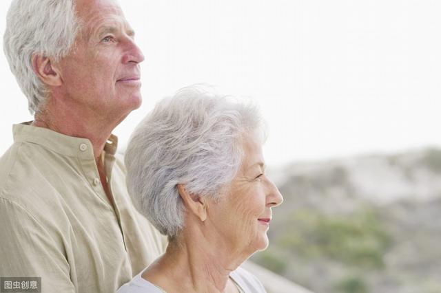 """_人过六十想要长寿,要保证""""3件事"""",迈过""""3道坎"""",具体是指?"""