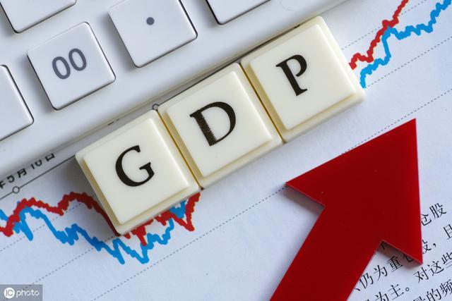 中国经济总量超过日本的时间_中国gdp超过日本