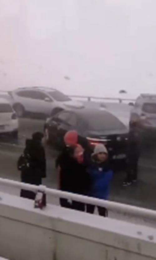 河北廊坊多車相撞 交警部門表示已處理完畢現正常通行_事故