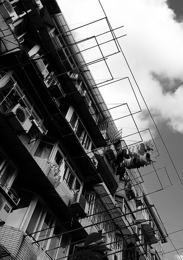 小区史|电梯与人情味_楼道