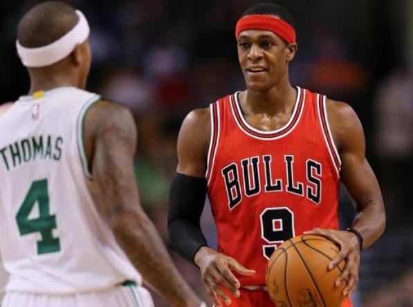 NBA长臂怪兽:小卡同框对比巴特勒差距大,最长臂展之人达2米59_戴维斯