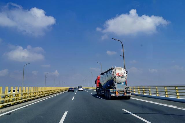自驾杭州湾跨海大桥:费用八十元,记忆中第二位怎变成世界第五名
