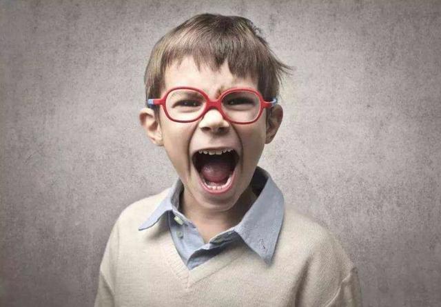"""[孩子视力模糊就要戴眼镜吗?家长们万万不可弄""""假""""成""""真""""]"""