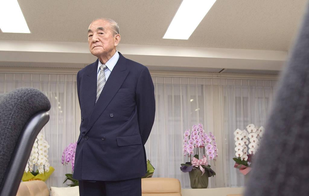 这位日本首相曾和美国打贸易战,和中国进入蜜月期_中曾根